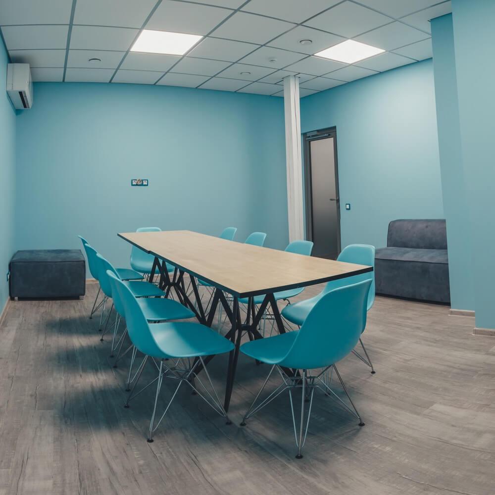 Праздничная комната в FlyZone